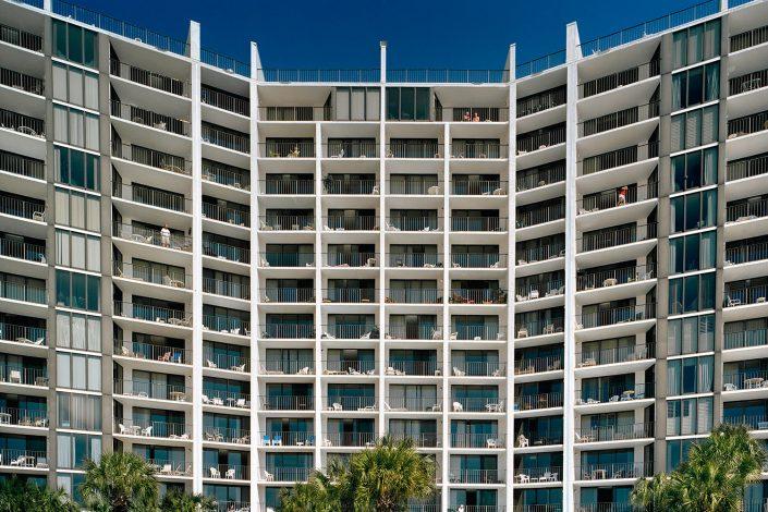 Apartments for retirees, Pensacola, Florida